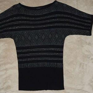 White House Black Market sweater short sleeve xs